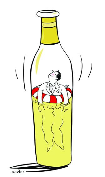se noyer dans l'alcool, vin blanc ou rouge, pendant le confinement du à la crise du coronavirus ou civid 19, l'alcoolique est sauvée par sa bouée de secours, mais comment sortir de la bouteille sans risque de la casser. La solution est peut-être de vider le contenu de la bouteille en buvant tout. Dessin d'humour de xavier, illustrateur, dessinateur d'humour. Cette image peut être également celle d'un apéritif bien arrosé.